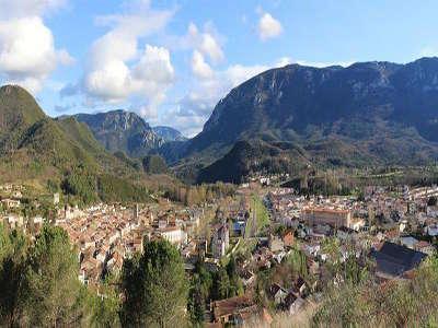 Quillan routes touristique de aude guide du tourisme du languedoc roussillon
