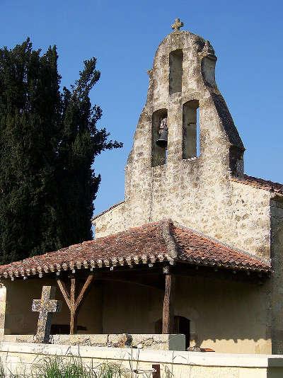 Roquelaure le clocher de la chapelle saint blaise routes touristiques de gers guide du tourisme midi pyrenees