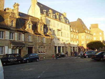 Roscoff hotel renaissance construit au xvie par un armateur petite cite de caractere routes touristiques dans le finistere guide du tourisme en bretagne