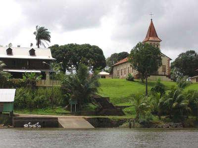 Roura depuis l oyak parc regional de guyane guide touristique de la guyane francaise