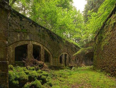 Route des forts fort de chateau lambert les routes touristiques de haute saone guide touristique de franche comte