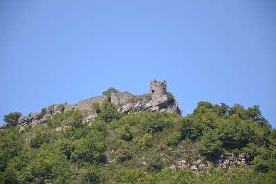 Ruines du chateau de cornillon sur l oule parc naturel des baronnies