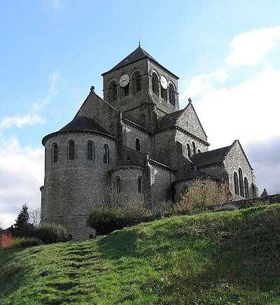 Saint aubin du cormier le chevet de l eglise saint aubin route touristique de l ille et vilaine guide du tourisme de bretagne