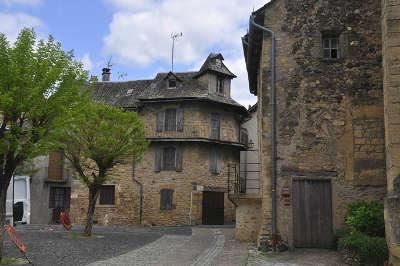 Saint come d olt plus beaux villages de france les routes touristiques de aveyron guide du tourisme midi pyrenees