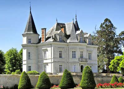 Saint florent le vieil petite cite de caractere le chateau routes touristiques de maine et loire guide du tourisme du pays de la loire
