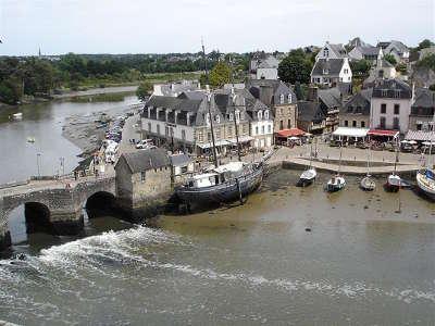 Saint goustan auray le pont les routes touristiques dans le morbihan guide du tourisme en bretagne