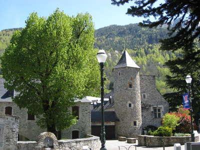 Saint lary soulan routes touristiques des hautes pyrenees guide du tourisme midi pyrenees