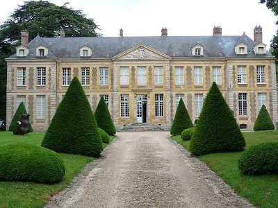 Saint remy les chevreuse chateau de coubertin routes touristiques des yvelines guide du tourisme ile de france