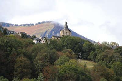 Saint savin abbaye routes touristiques des hautes pyrenees guide du tourisme midi pyrenees