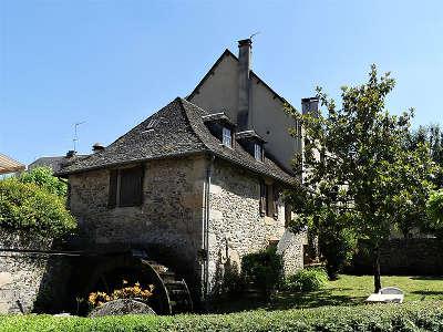 Sainte eulalie d olt plus beaux villages de france le moulin du xviie siecle routes touristiques de aveyron guide du tourisme midi pyrenees