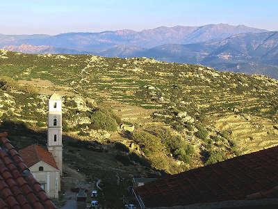 Sant antonino plus beau village les routes touristiques en haute corse guide du tourisme de la corse