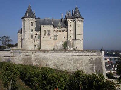 Saumur ville d art et d histoire le chateau routes touristiques de maine et loire guide du tourisme du pays de la loire