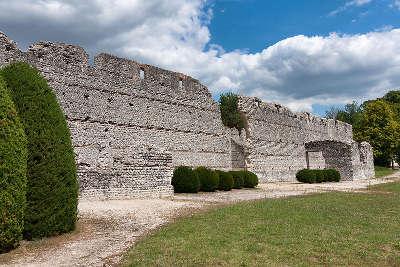 Thesee la romaine batiment des mazelles routes touristiques dans le loir et cher guide du tourisme centre val de loire