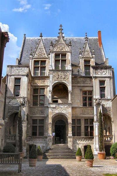 Tours ville d art et d histoire l hotel gouin routes touristiques dans l indre et loire guide du tourisme centre val de loire