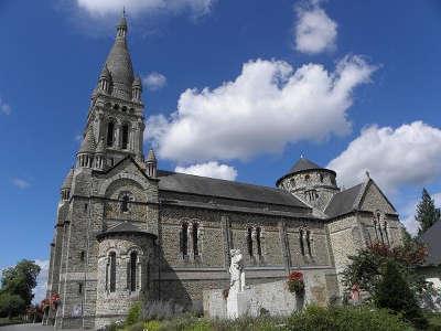 Val d ize eglise saint etienne routes touristiques dans l ille et vilaine guide du tourisme en bretagne