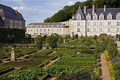 Valencay les jardins du chateau plus beaux detours les routes touristiques dans le cher guide du tourisme centre val de loire