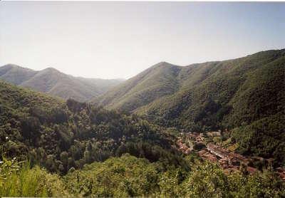 Valleraugue vue de la montee des 4000 marches routes touristiques de l herault guide du tourisme du languedoc roussillon