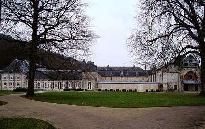 Valmont l abbaye routes touristiques de seine maritime guide du tourisme de haute normandie 1