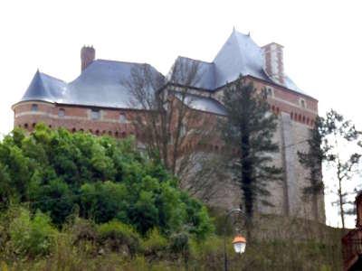Valmont le chateau routes touristiques de seine maritime guide du tourisme de haute normandie