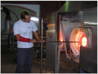 Vannes le chatel cristallerie cerfav routes touristiques de meurthe et moselle guide du tourisme de lorraine