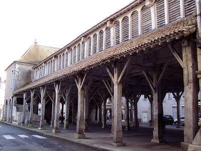 Vezelise les halles routes touristiques de meurthe et moselle guide du tourisme de lorraine