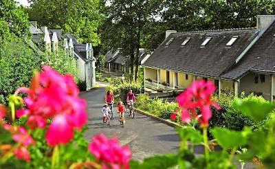 Village de vacances ker belen riec sur belon routes touristiques du finistere guide du tourisme de bretagne