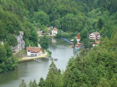 Villers le lac saut du doubs vallee du doubs et du dessoubre routes touristiques du doubs guide du tourisme de franche conte
