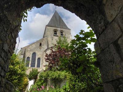 Yevre le chatel plus beau village de france les routes touristiques dans le loiret guide du tourisme centre val de loire